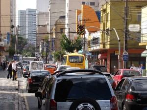 rua-de-curitiba-300x225