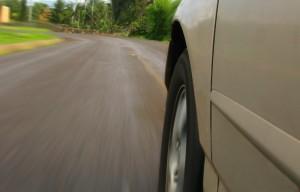 carro-e-velocidade_web-300x192