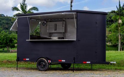 Empresários investem em aluguel de trailer para comida de rua e conquistam mercado em SC