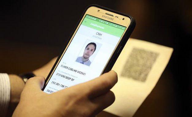 CNH terá versão digital a partir de fevereiro de 2018