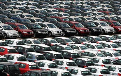 Vendas de veículos novos no Brasil em 2018 devem crescer mais que este ano, diz Anfavea