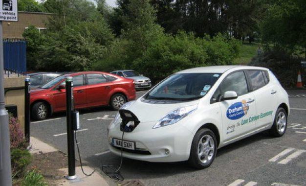 Empresa de gestão de frota investe em veículos elétricos