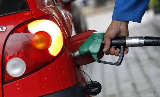 Veículos abastecidos com etanol podem ter rendimento acima do esperado, diz estudo