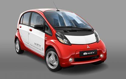 Carros elétricos poderão ficar mais baratos que os comuns, segundo CEO da Mitsubishi