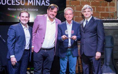 """Eugênio Mattar é eleito """"Personalidade do ano"""" no Prêmio Sucesu Minas"""