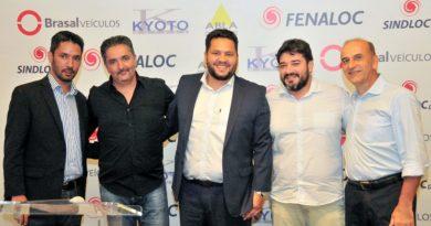 Júlio Torres toma posse como presidente da SINDILOC-DF