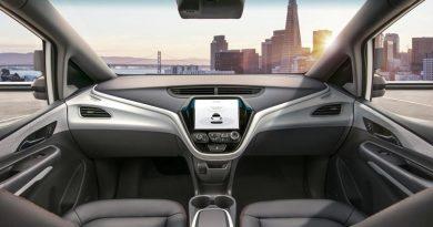EUA autorizam Uber a retomar testes de carros sem motorista