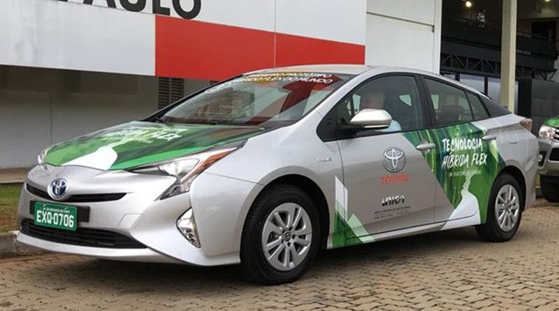 Toyota lança em outubro o Corolla híbrido