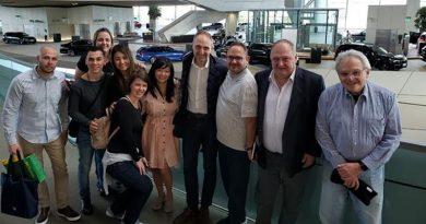 Mobility leva agentes ao Museu BMW e debate carros autônomos