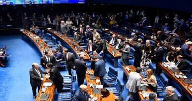 Aprovado nesta quarta-feira pelo Senado, projeto segue para a Câmara dos Deputados