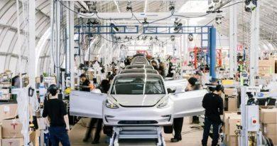 Como a Tesla virou uma montadora de US$ 100 bilhões