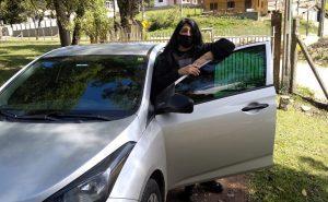 No começo da pandemia, Lorena percebeu a queda na quantidade de viagens e devolveu o veículo. Foto: Arquivo Pessoal.