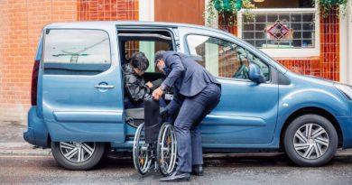 Uber lança serviço de viagens para pessoas com deficiência. Imagem: logistica e transportes hoje