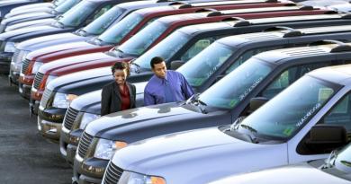 A Associação Brasileira das Locadoras de Automóveis (Abla) constatou que os preços dos carros subiram e os descontos estão caindo no Paraná.