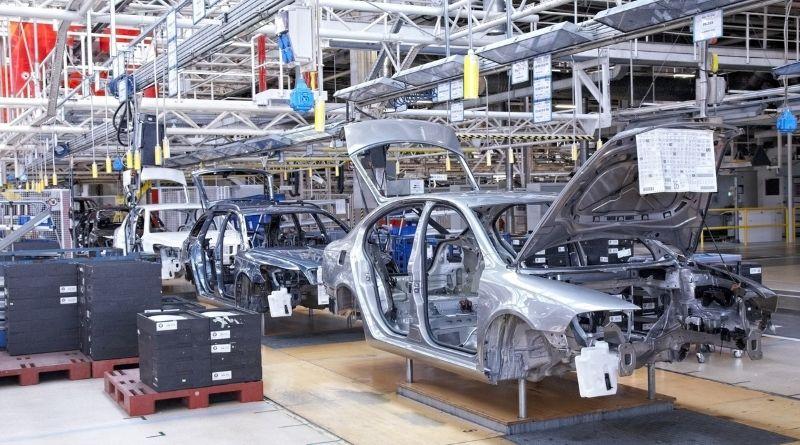 Montadoras entram no modo 'stand by'. A indústria automobilística funciona à base de investimentos pesados, programados antecipadamente e voltados para...